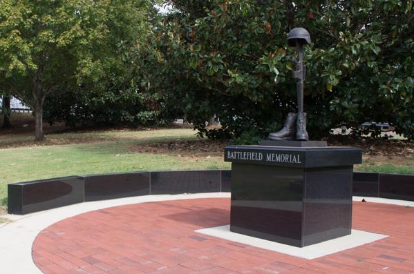Battlefield Memorial and Walkway